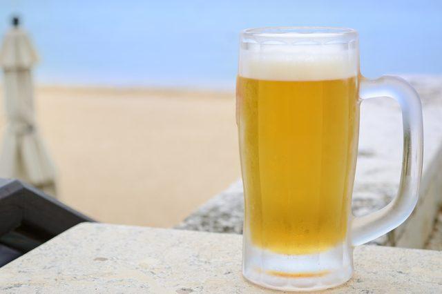 ビールの大ジョッキ