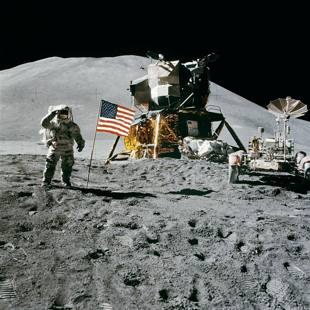 月面着陸一番手